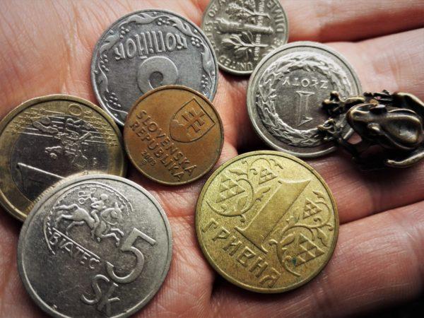Jak przelewać pieniądze do Polski?