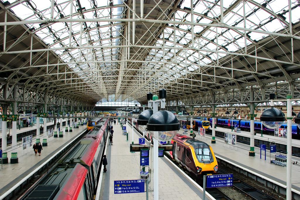 Jak poruszać się po Manchesterze. Część trzecia: pociąg.